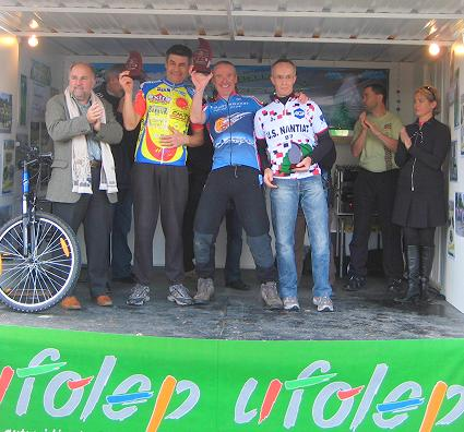 On the podium in laFrederic Mistral 2009 - I won the Vet B category